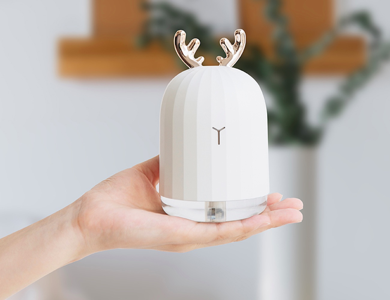 Antler Ultrasonic USB Air Humidifier & Diffuser offers a fun take on better air quality