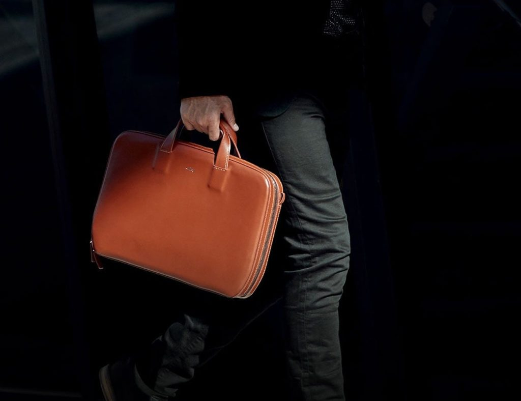 Bellroy+Leather+Laptop+Brief+makes+you+feel+like+a+boss