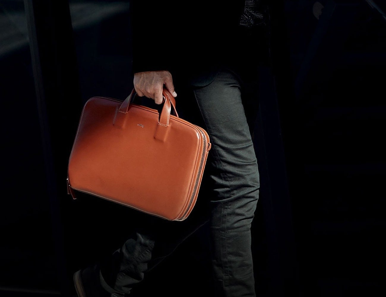 Bellroy Leather Laptop Brief makes you feel like a boss