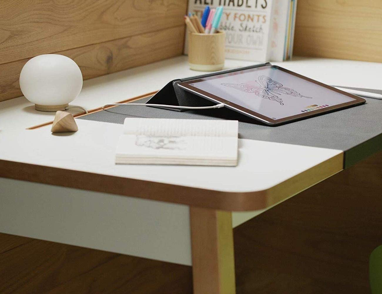 Bluelounge StudioDesk Advanced Office Desk keeps your workspace tidy