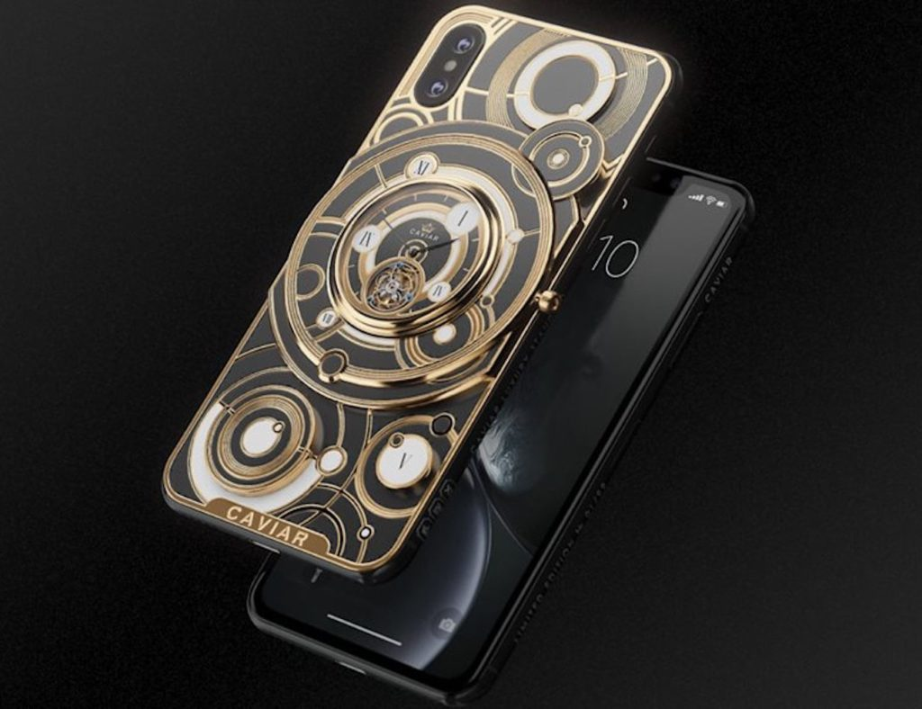 Caviar+iPhone+Xs+Grand+Complications+Tourbillon+combines+a+phone+and+watch