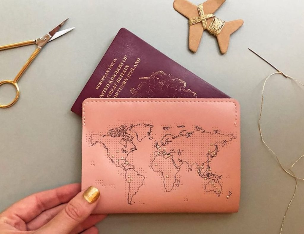 Chasing+Threads+Stitch+Travel+Passport+Cover+keeps+track+of+where+you%26%238217%3Bve+been