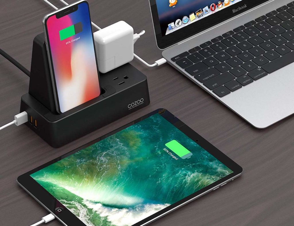 CoZoo+Qi+Wireless+Charger+Stand+charges+three+devices+at+the+same+time