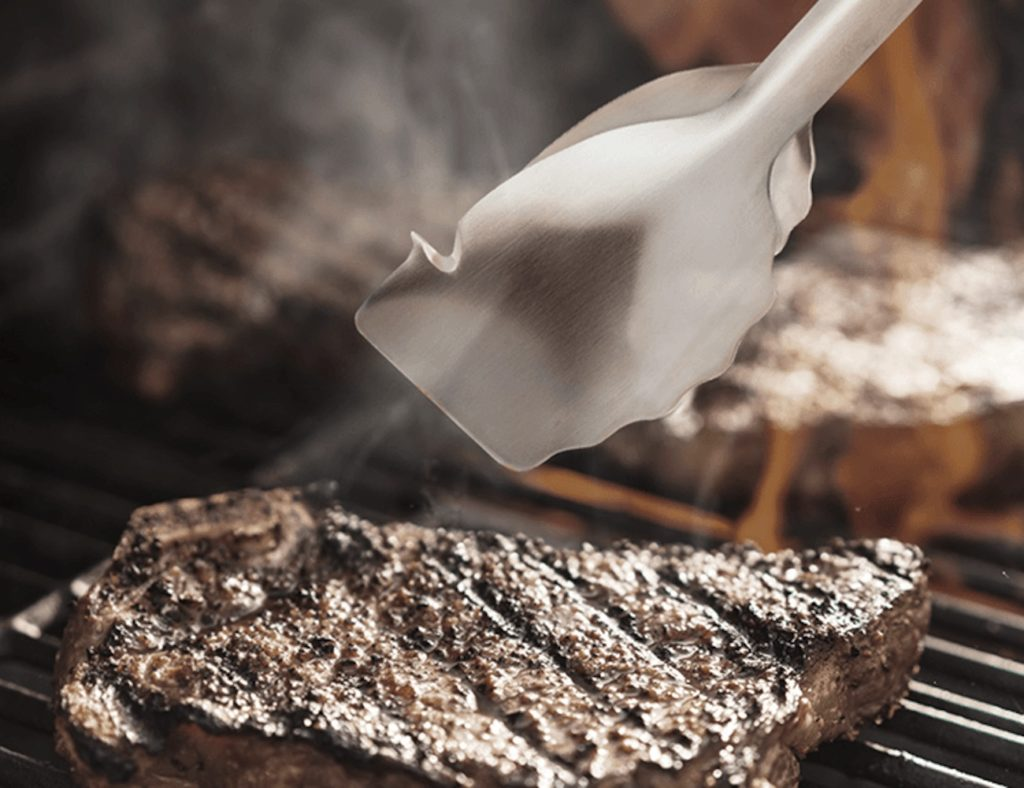 Dreamfarm+BBQ+Clongs+Click-Lock+Tongs+combine+useful+BBQ+tools