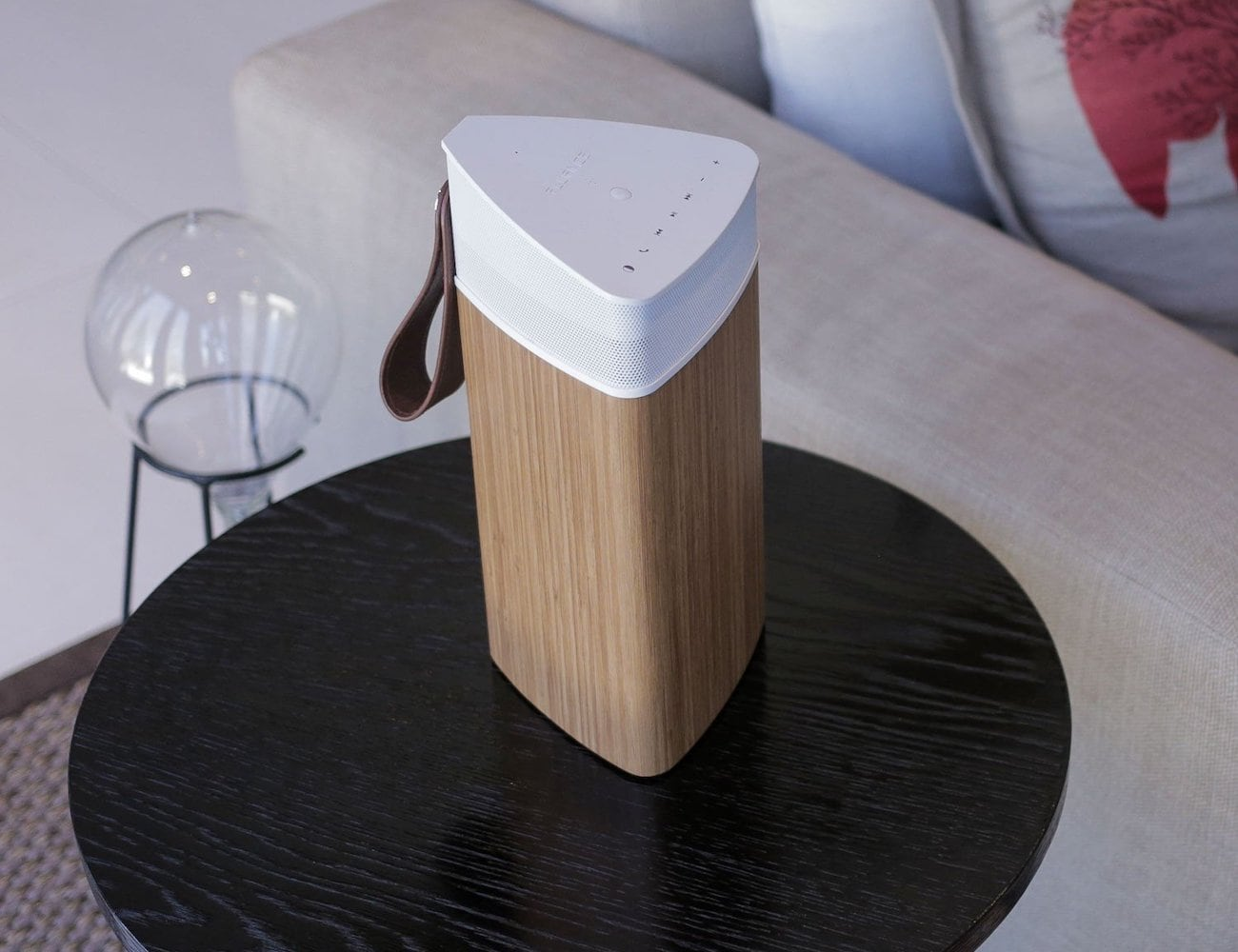 Fluance Fi20 Portable 360 Degree Speaker delivers immersive sound