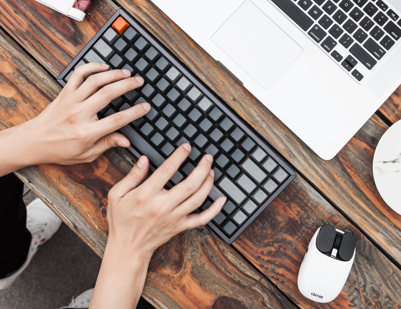 Keychron K2 Compact Wireless Mechanical Keyboard comes with 84 keys