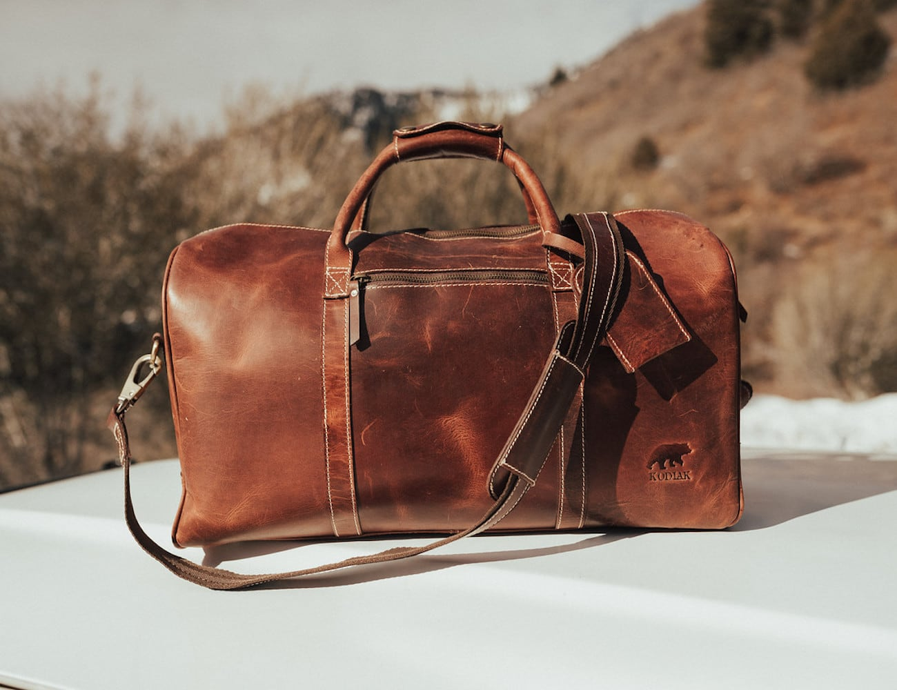 Kodiak Leather 30L Weekender Leather Duffel Bag fits all your weekend essentials