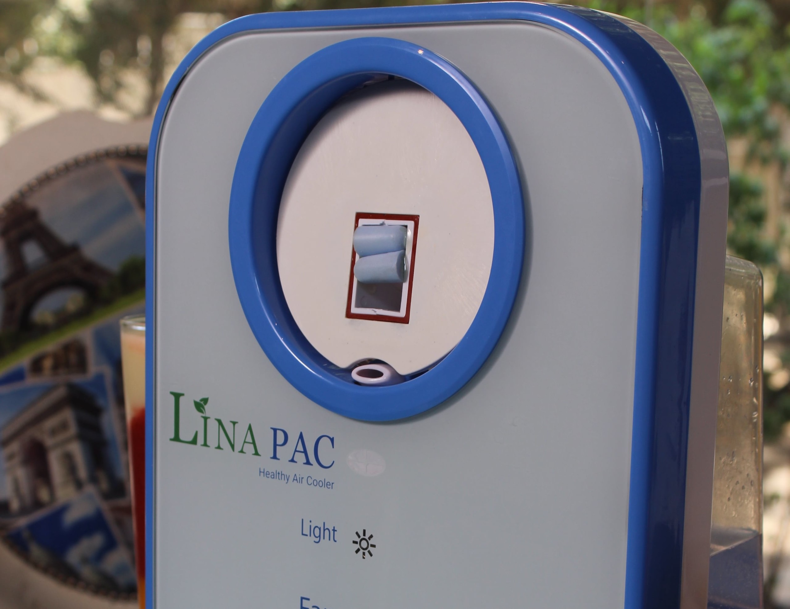 Lina-PAC Personal Air Conditioner and Diffuser keeps you cool