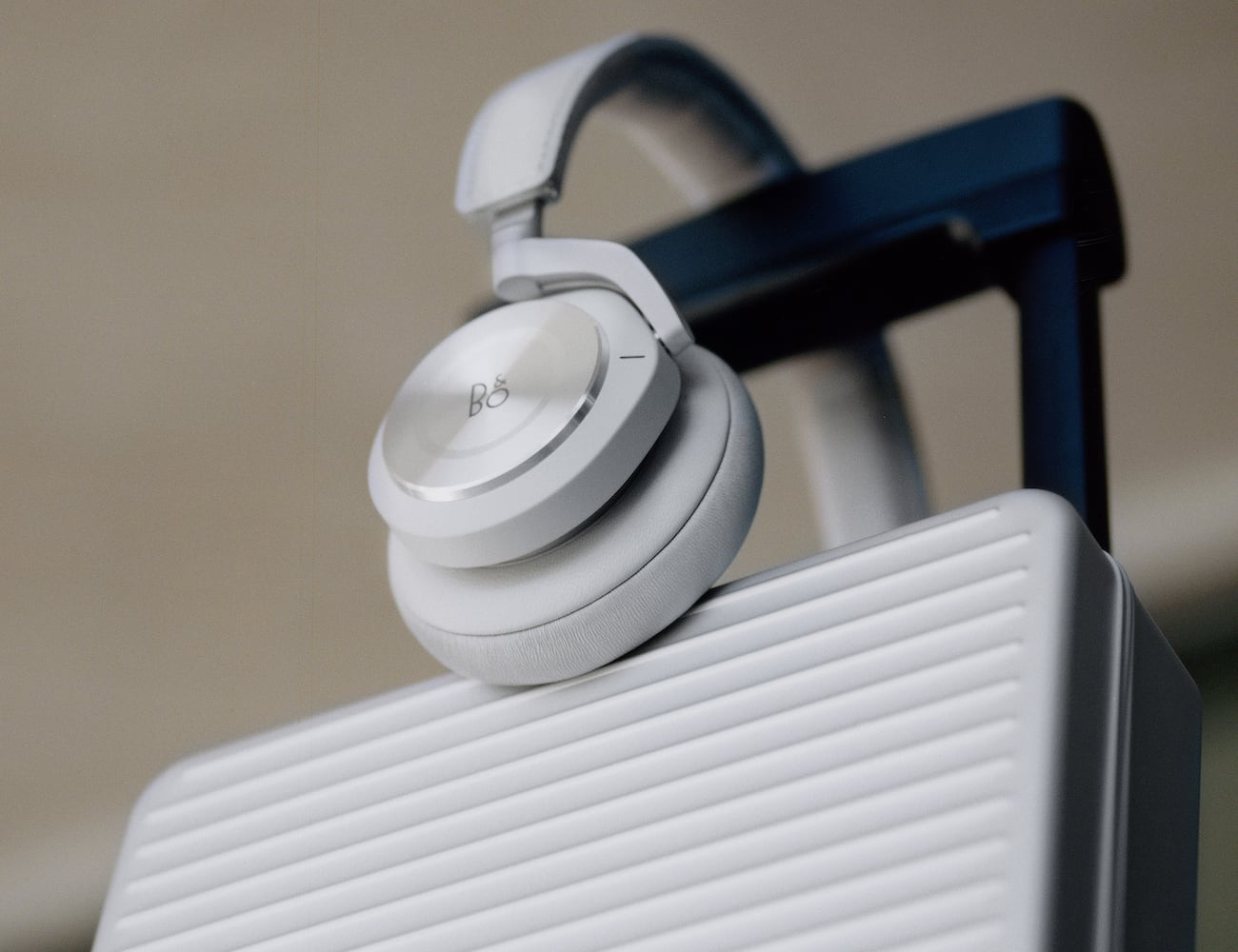 RIMOWA x Bang & Olufsen Beoplay H9i Headphones come in an aluminum case