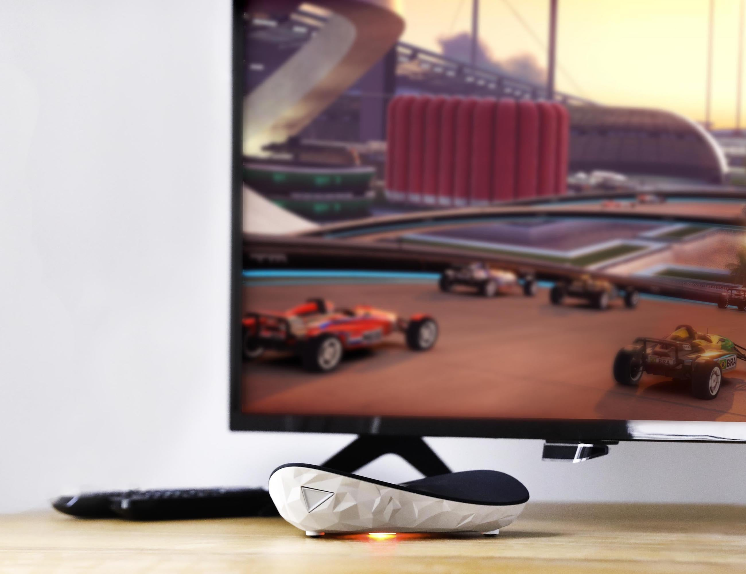 Shadow Ghost Game Streaming Box lets you stream content on your TV