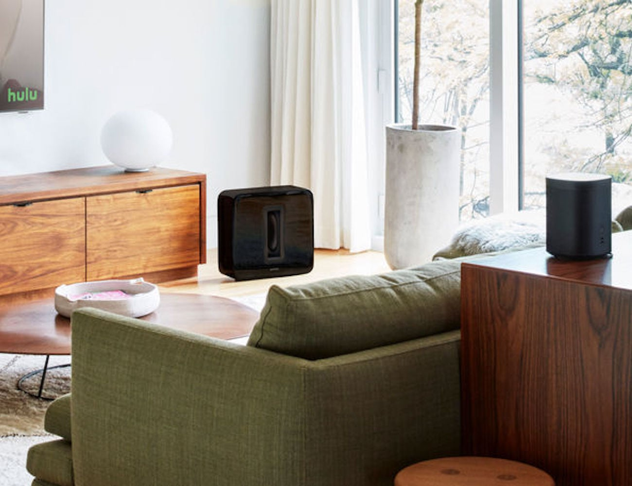 Sonos One Gen 2 Voice Control Smart Speaker plays music in many ways