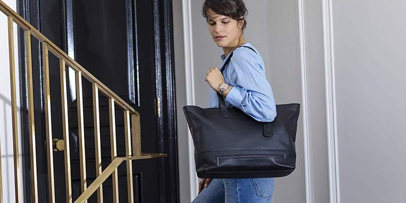 laptop bag - HP's Tech Tote is the most stylish way to carry your laptop