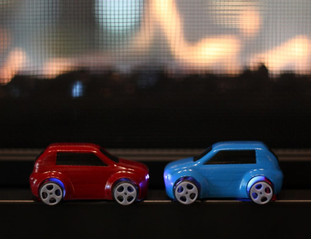 microDMG+Micro+BLE+Buggy+Car+lets+you+race+wherever+you+like