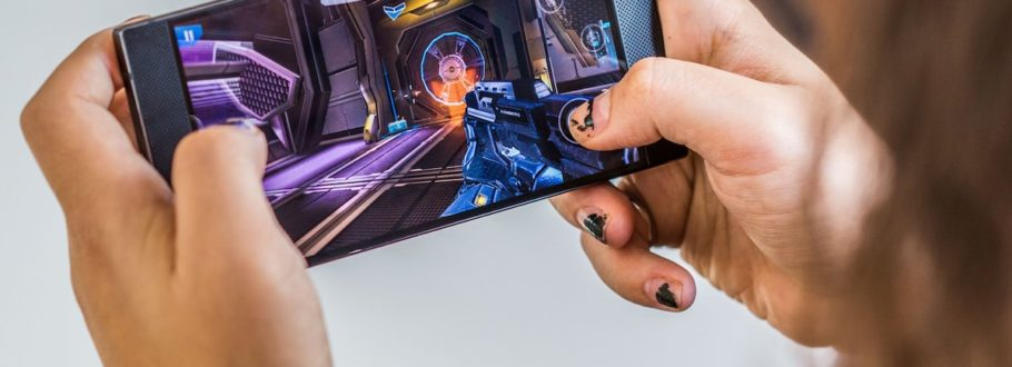7 Gaming gadgets for those who take their games on the go