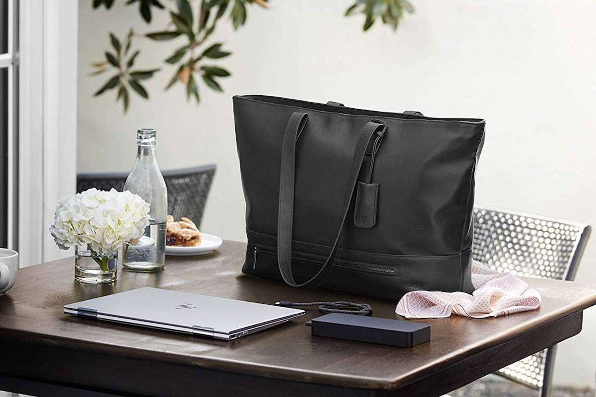 HP%26%238217%3Bs+Tech+Tote+is+the+most+stylish+way+to+carry+your+laptop