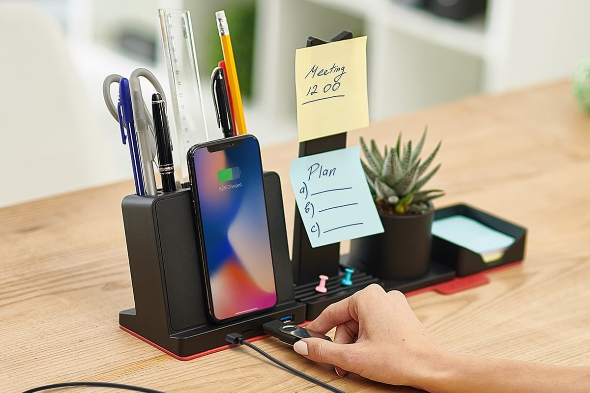 STEALTHO makes it easy to organize your desk