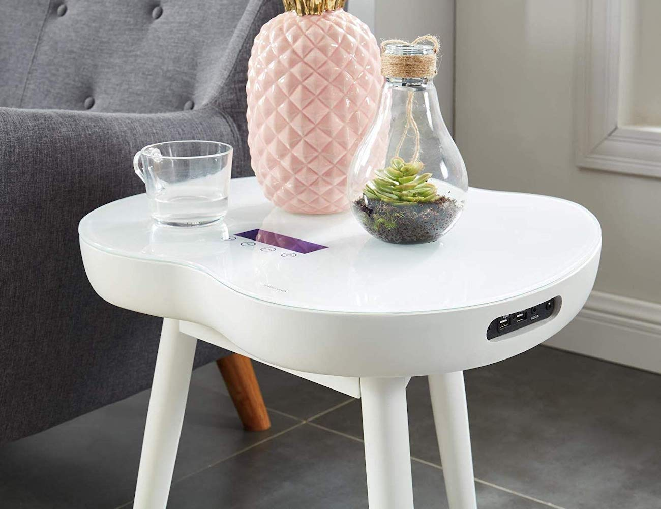2020 Modern Wireless Charging Smart Table does more than hold your drink