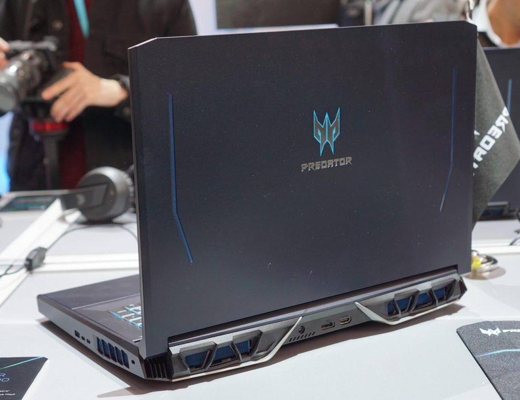Acer+Predator+Helios+700+Gaming+Laptop+takes+gaming+to+another+level