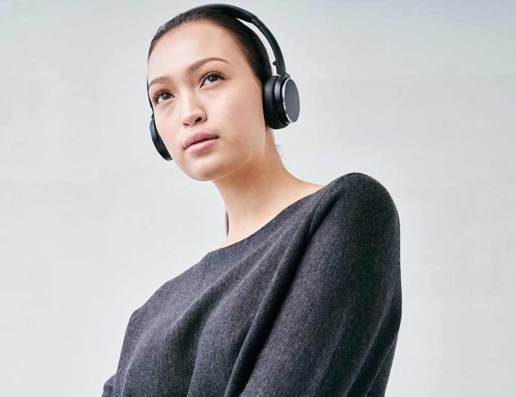 BT+One+On-Ear+Wireless+Bluetooth+Headphones+provide+a+stylish+listening+experience