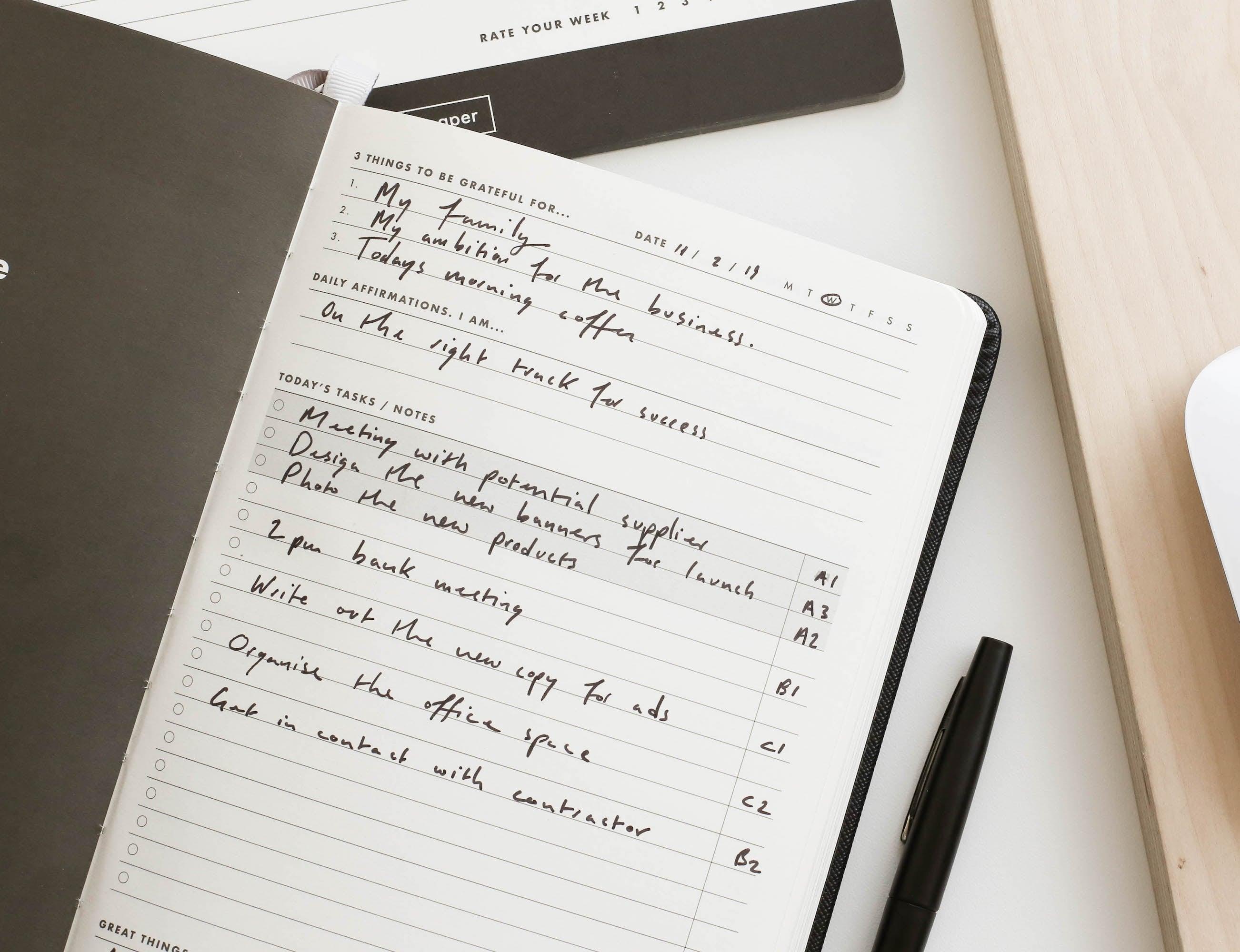 Daily Goal Setter Productivity & Gratitude Planner creates actionable tasks