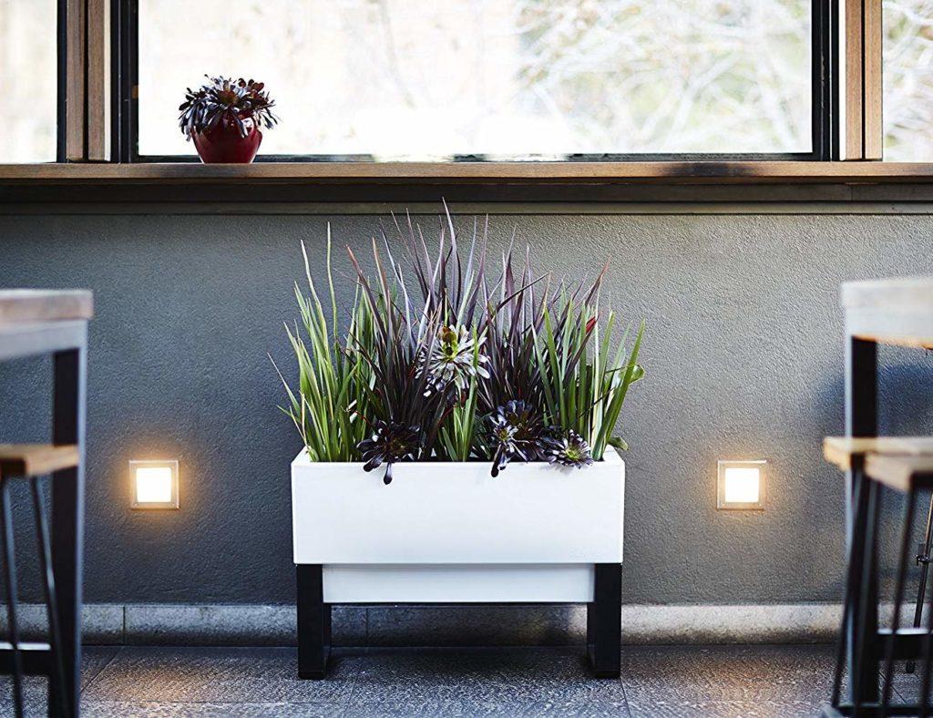 Glowpear+Urban+Garden+Self-Watering+Planter+Box+is+an+eco-friendly+time+saver