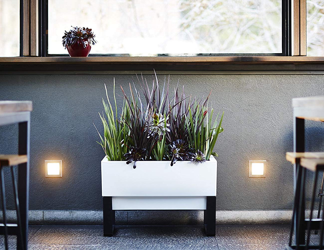 Glowpear Urban Garden Self-Watering Planter Box is an eco-friendly time saver