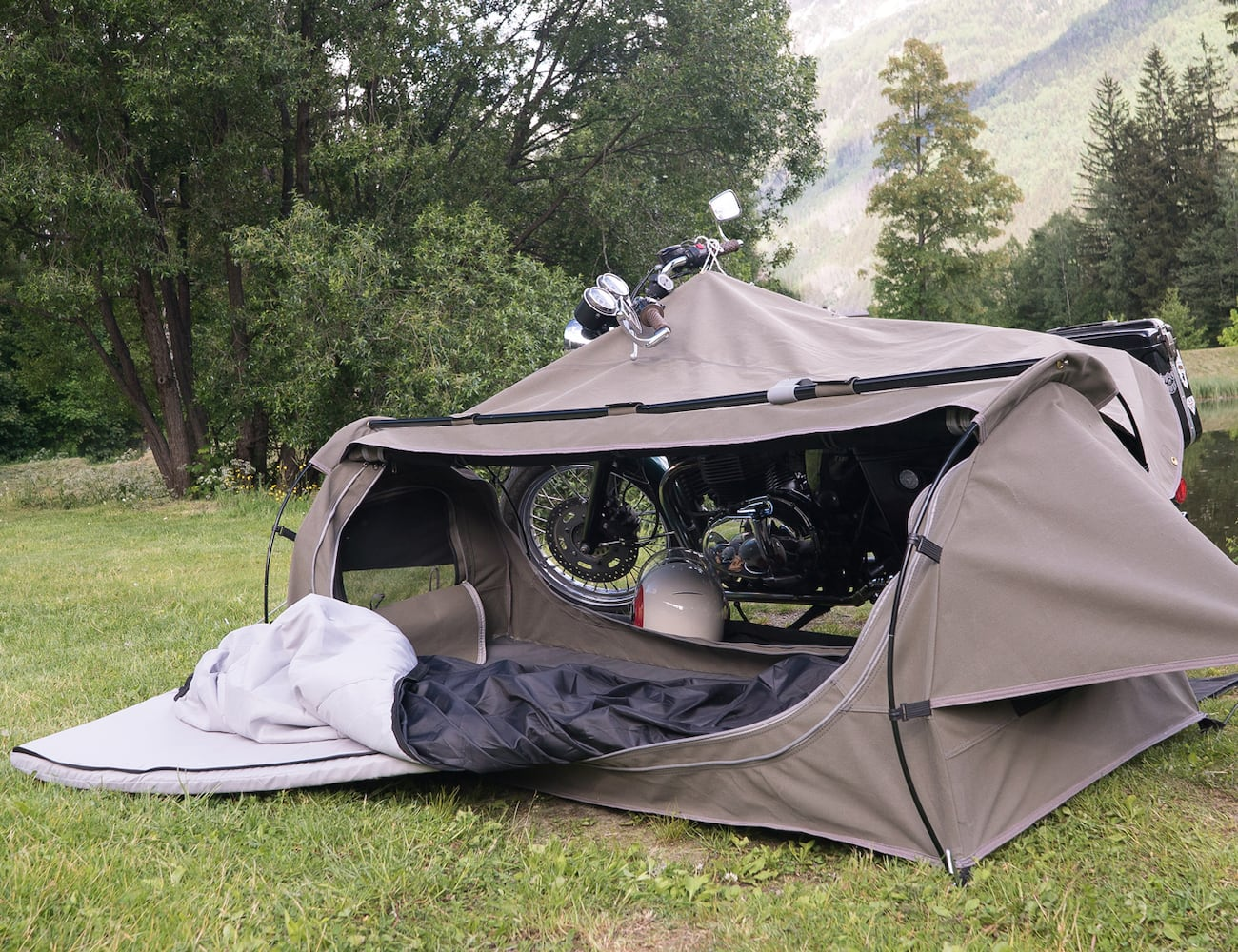 Goose Wingman Of The Road Motorcycle Camping System