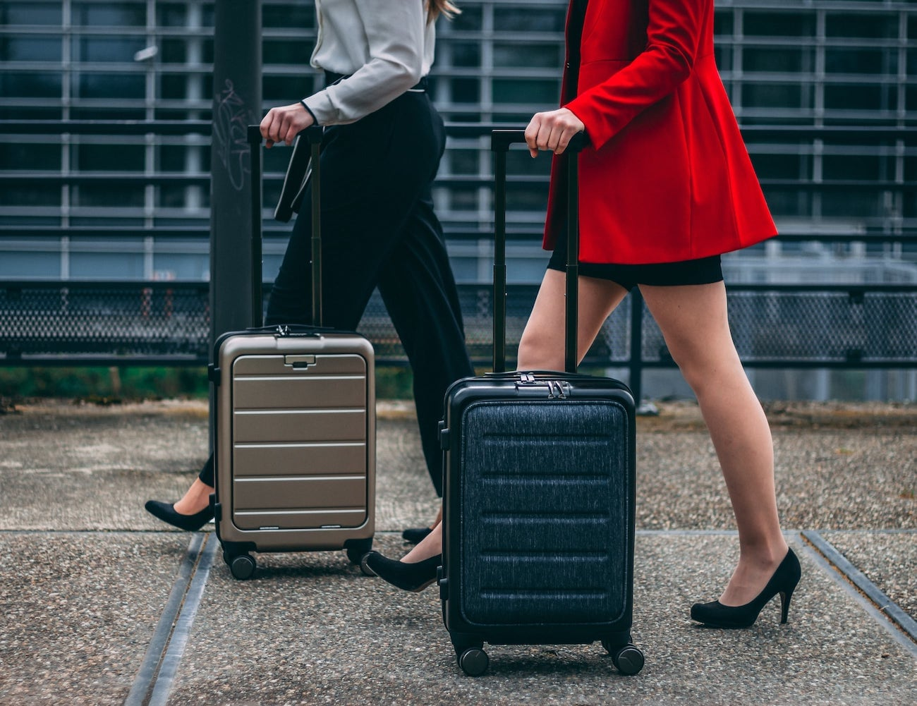LAX First-Class Suitcase takes all the hassle out of traveling
