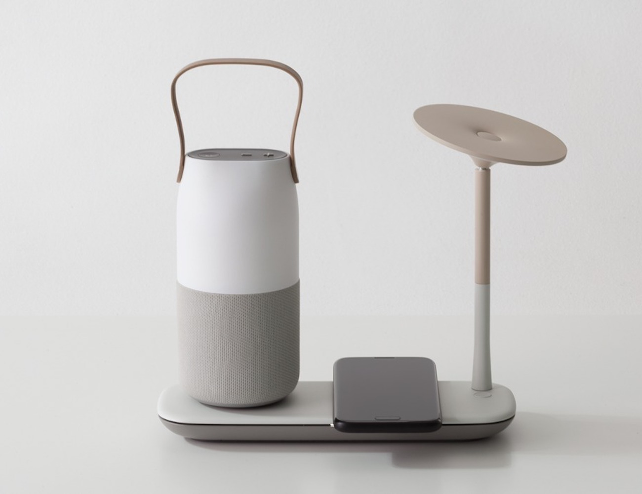 "Pedora Wireless <em class=""algolia-search-highlight"">Charging</em> Smart Light provides class and function"