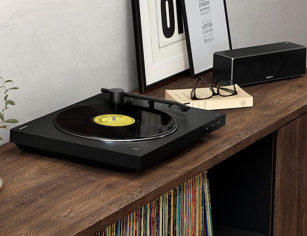 Sony+Bluetooth+Vinyl+Turntable+is+a+modern+record+player