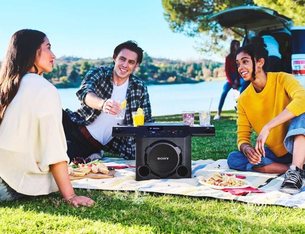 Sony+GTK-PG10+Outdoor+Wireless+Party+Speaker+takes+the+fun+with+you