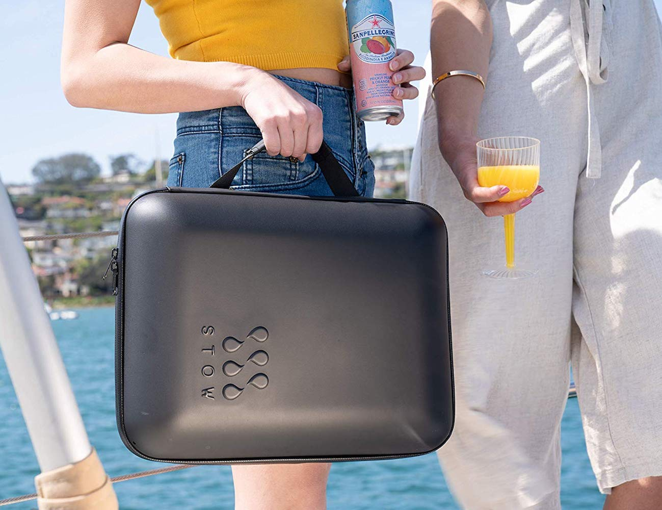 StowCo Portable Drink Cooler keeps your drinks cold for hours