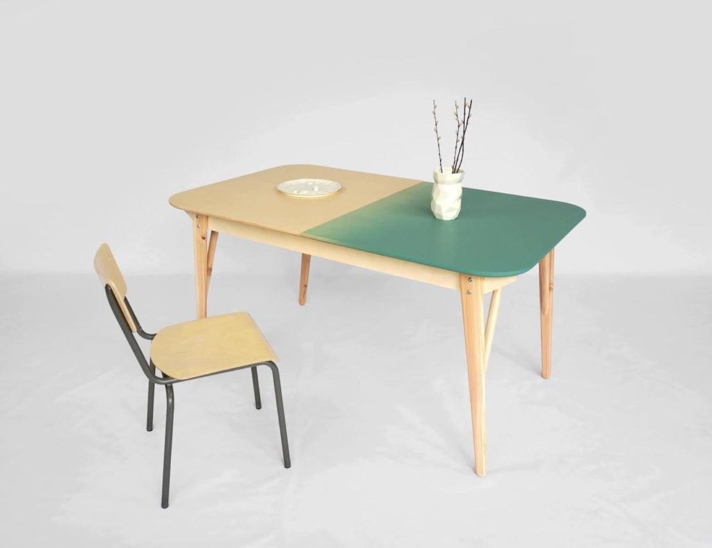 Tableworks+Hybrid+Table+Desk+transitions+from+work+to+mealtime