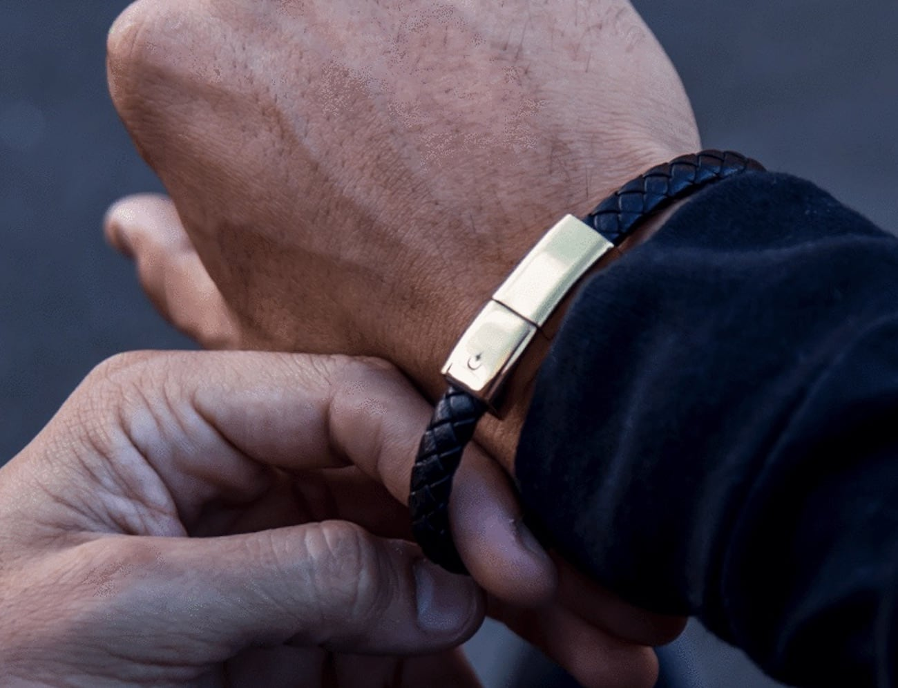 Torro Data Charging Bracelet is with you whenever you need it