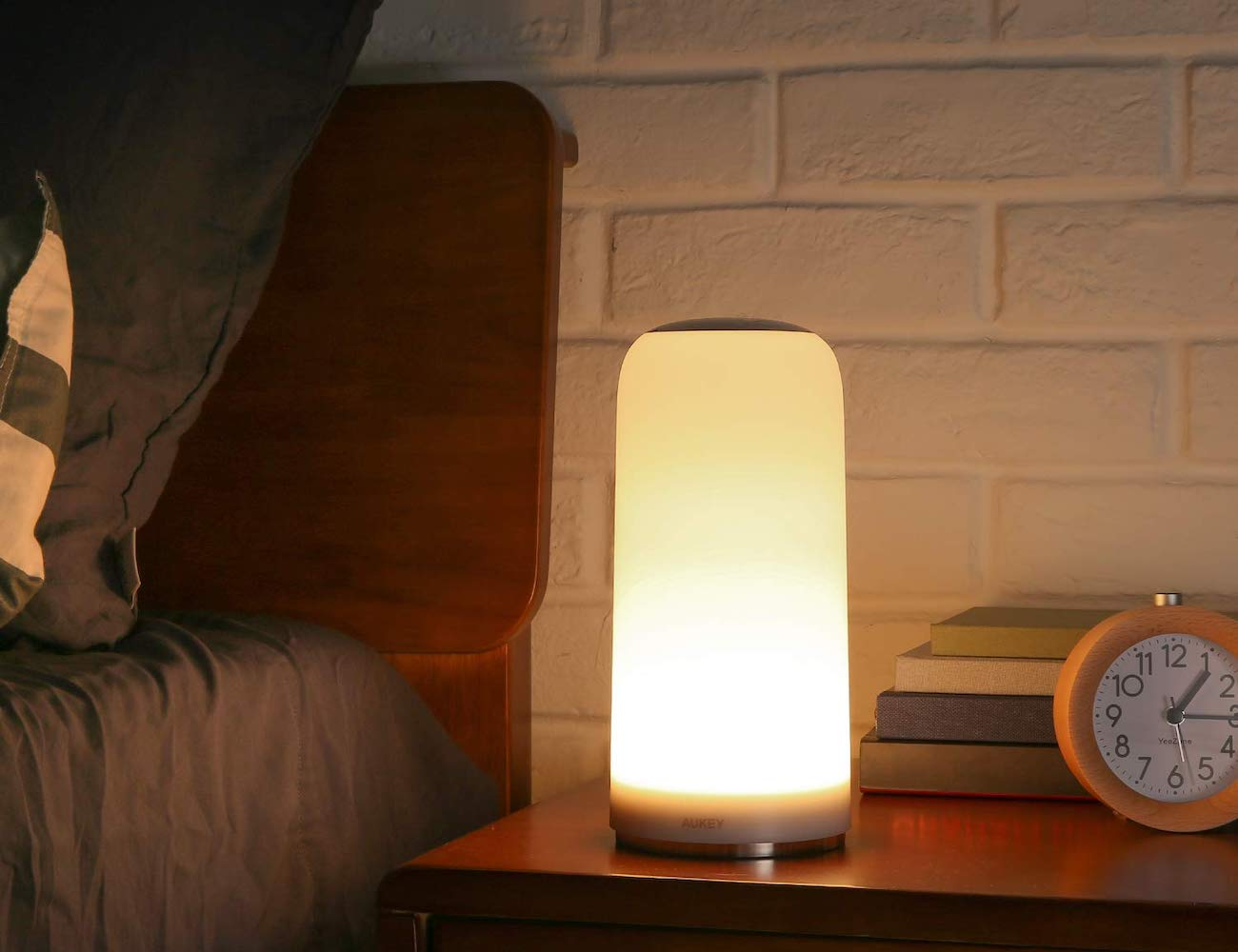 AUKEY Touch-Sensitive Table Lamp provides the perfect amount of light
