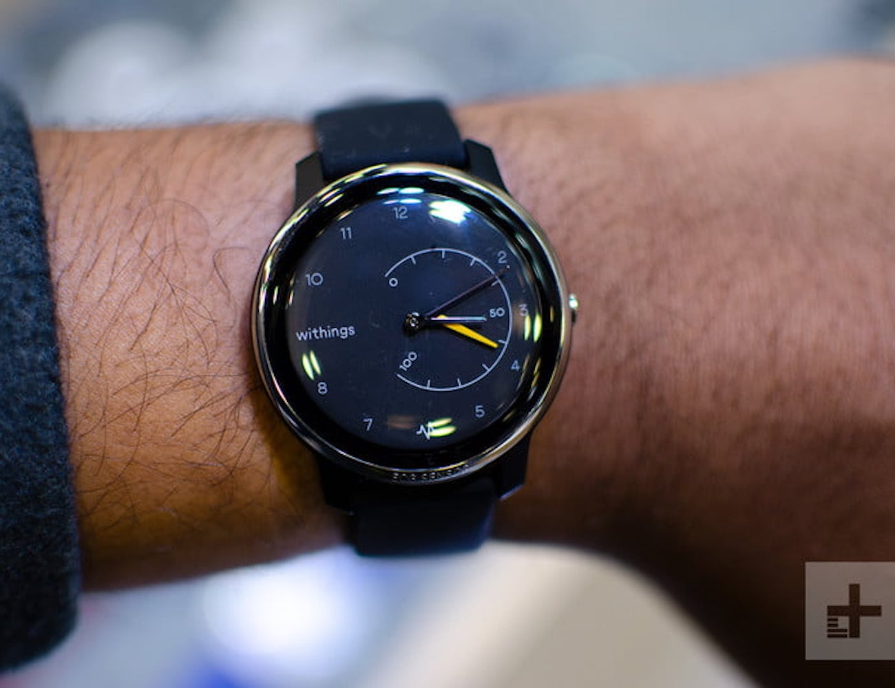 Withings Move ECG Activity Tracking Watch notifies you of irregular heart rhythms