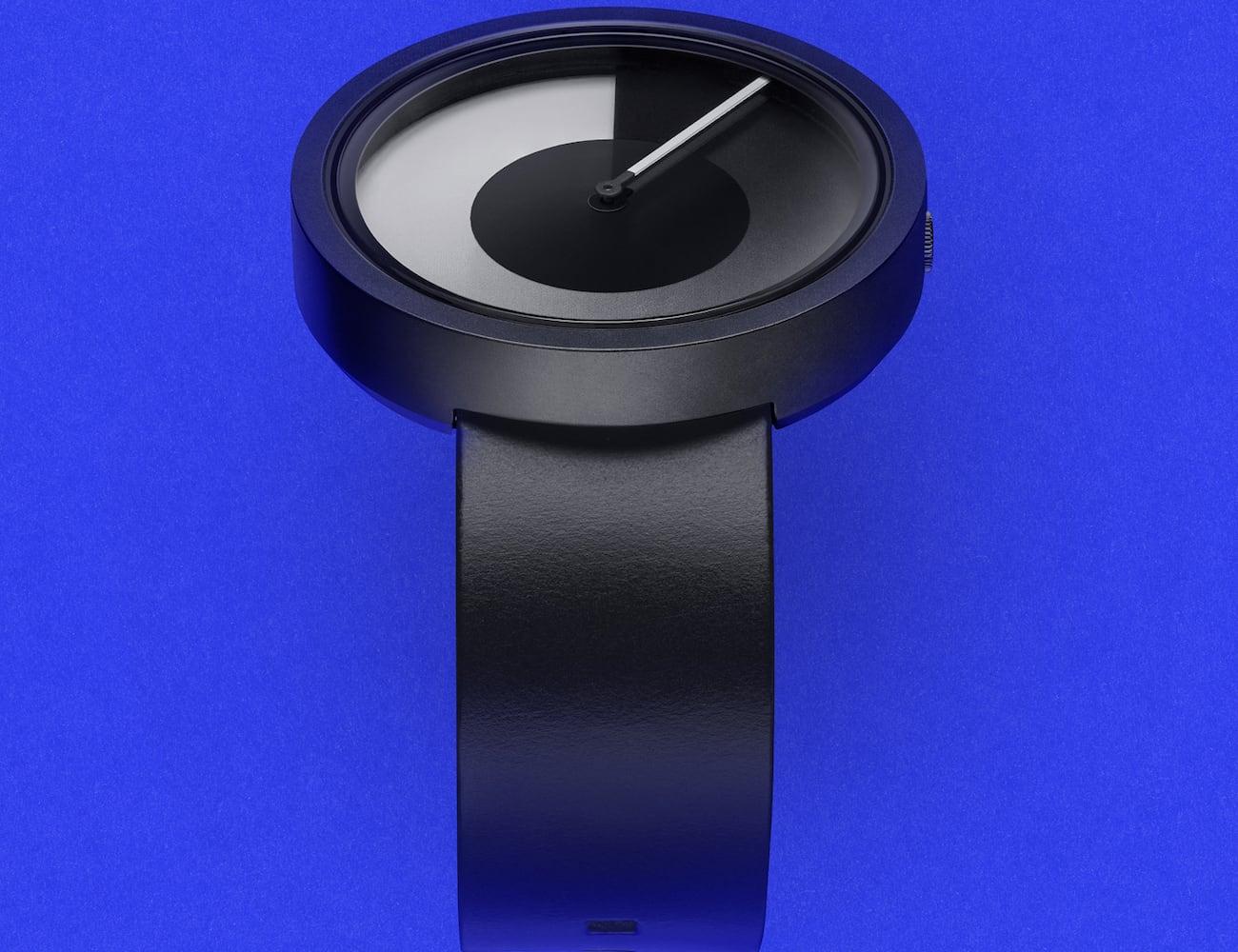 ZIIIRO HORIZON Minimal Monochrome Watch features unique numberless dials
