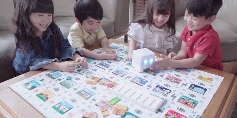 board game - Mojobot is the funnest way to learn code
