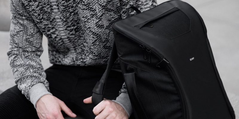 lie-flat design - Daily commuter? You need to try the BLACKKNIFE M-1 backpack