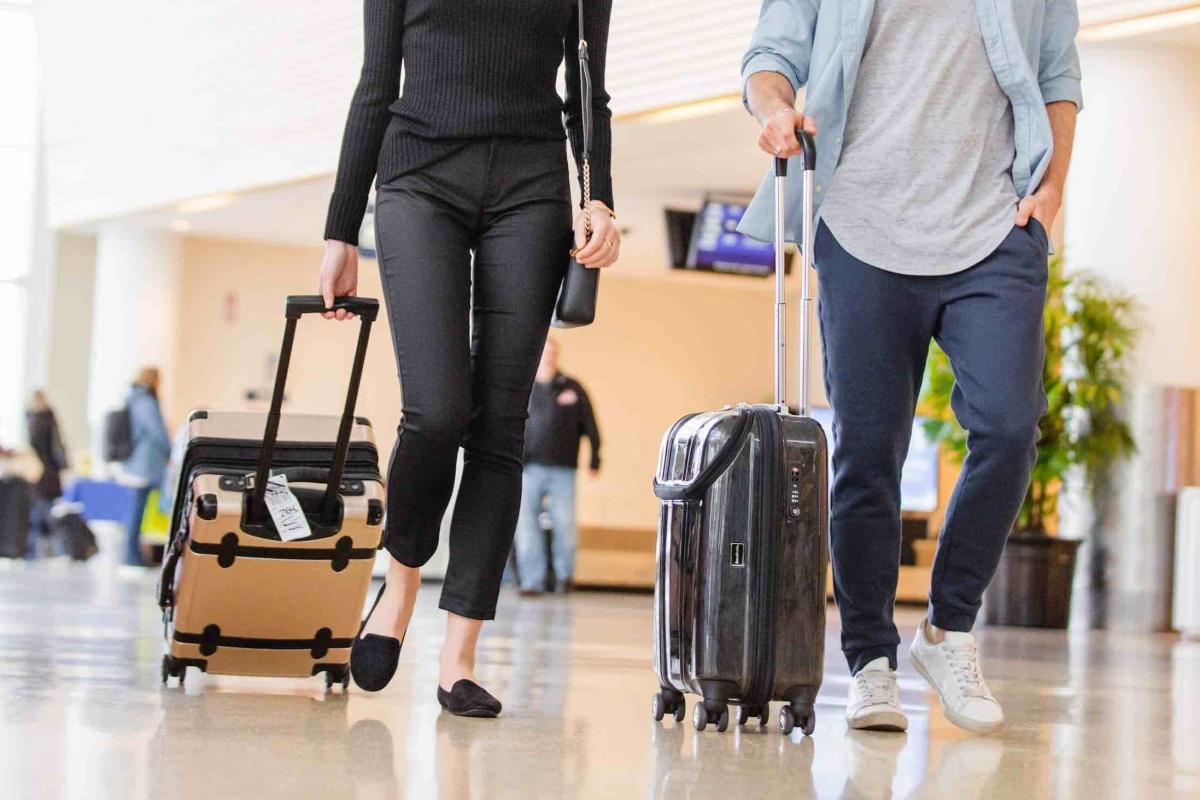 Make travel more comfortable with BauBax pants