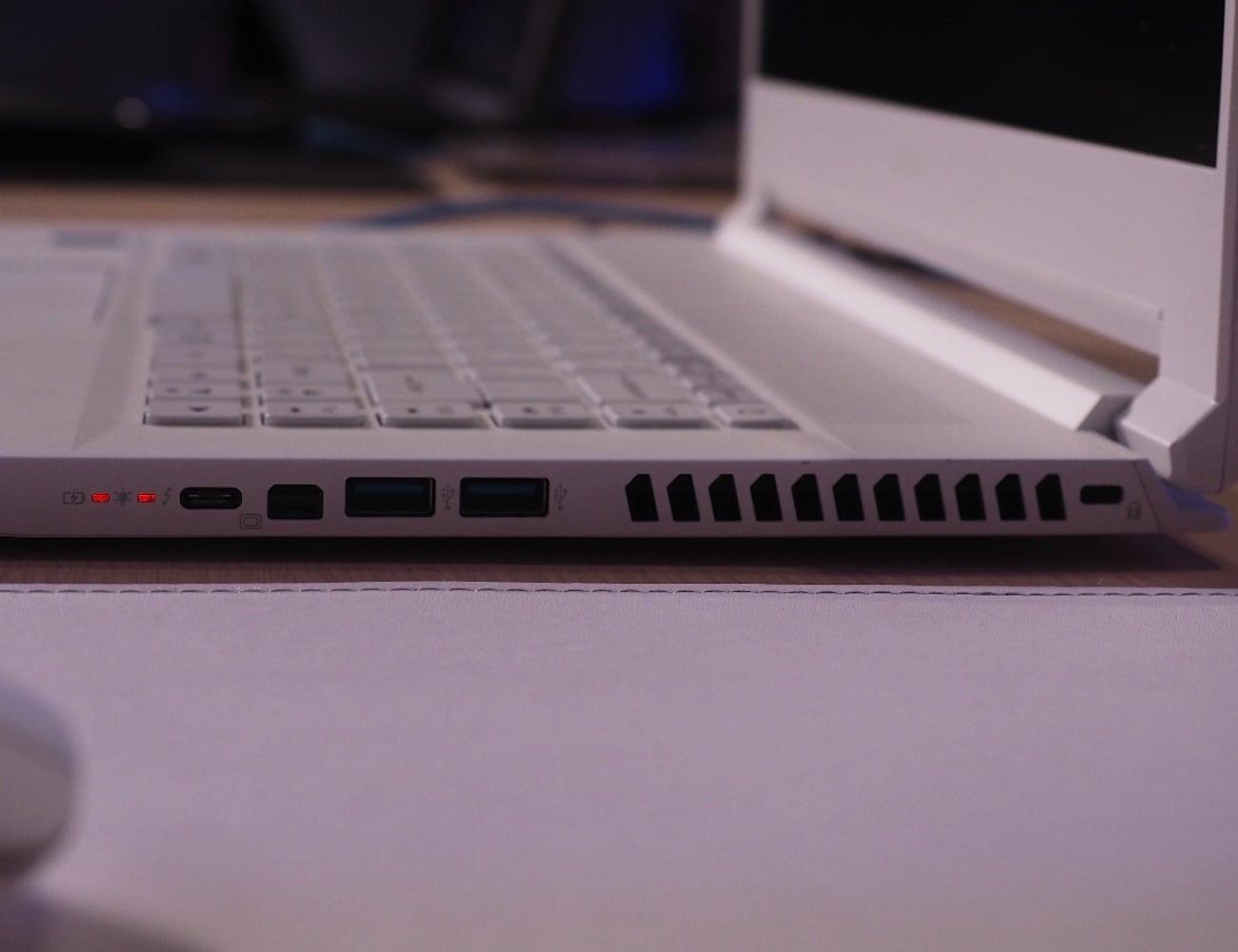 Acer ConceptD 7 Portable Designer Laptop 012