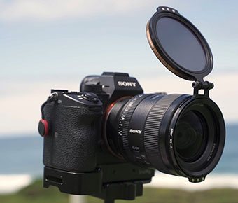 Alter+Rapid+Hinged-Lens+Filter+Adapter+helps+you+quickly+add+and+remove+filters