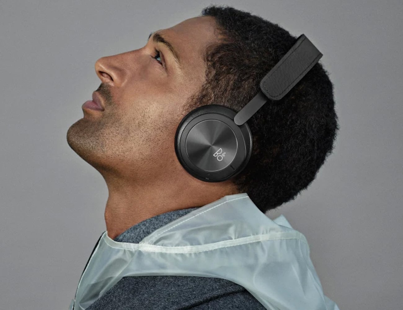 Bang & Olufsen Beoplay H8i Luxurious On-Ear Headphones are super comfortable loading=