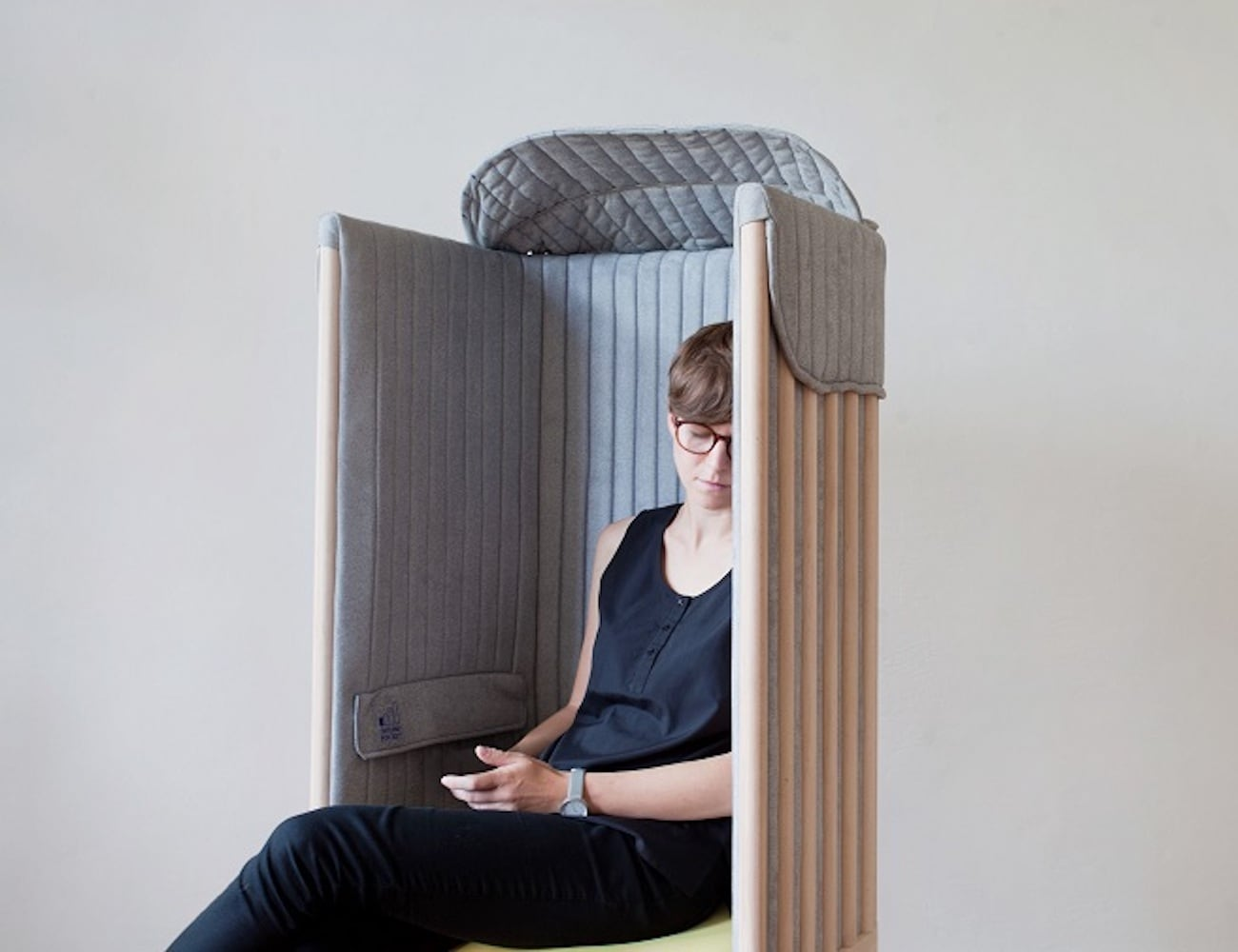 Offline Seat Signal-Blocking Office Chair is the Wi-Fi escape zone you didn't know you needed