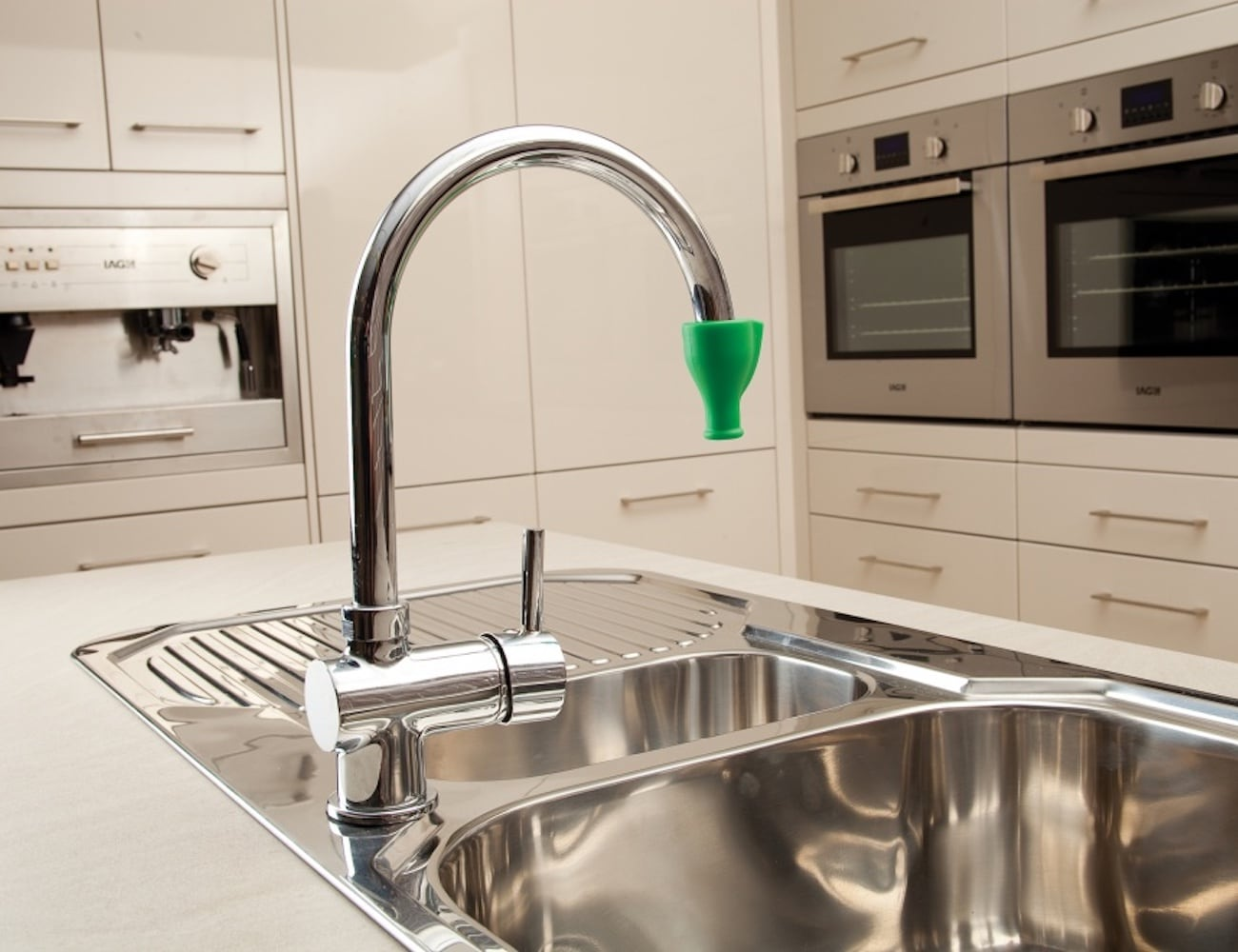 Dreamfarm Tapi Instant Faucet Drinking Fountain lets you drink from the tap