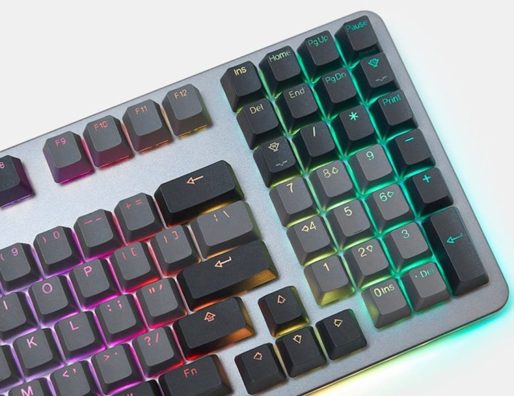 Drop+SHIFT+Mechanical+Keyboard+gives+you+more+desk+space