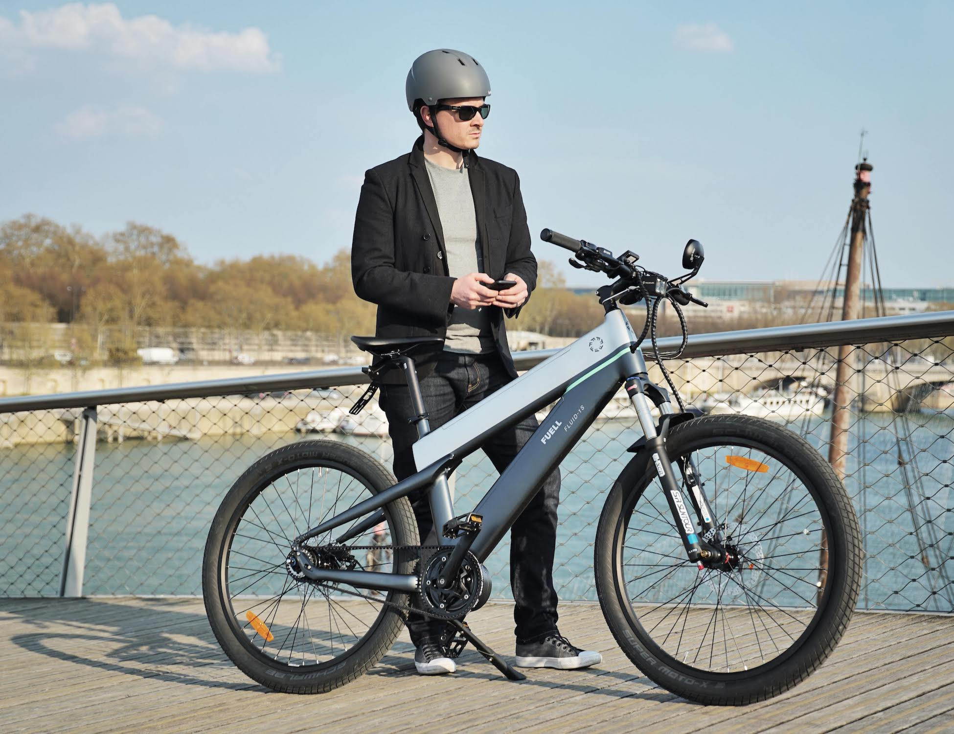 FUELL Fluid Long-Range Commuter E-Bike comes with large two batteries