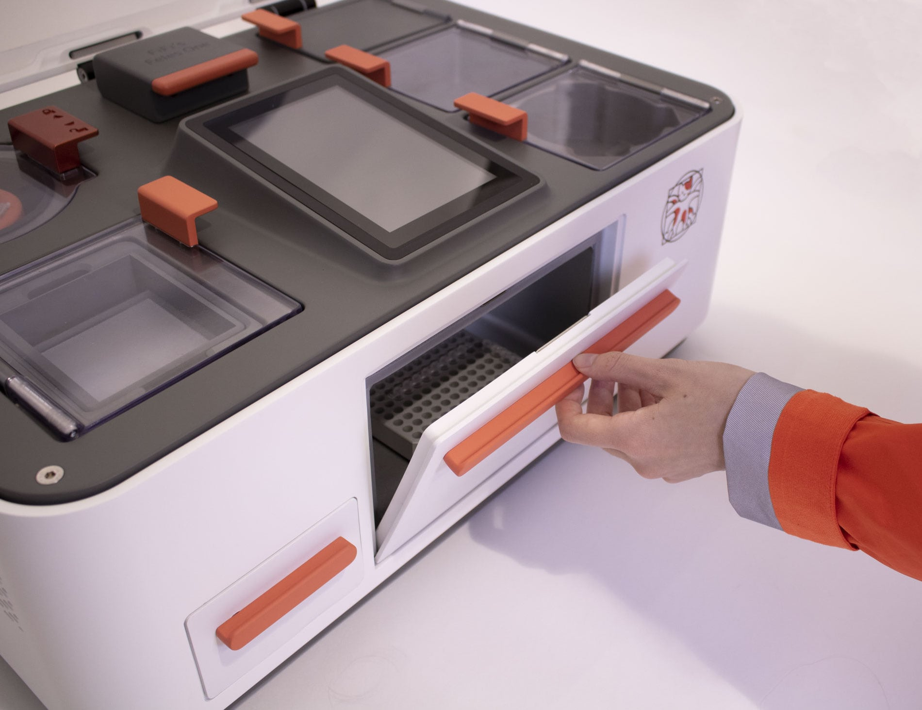 Feles One Complete Desktop Biolab brings discovery to your home