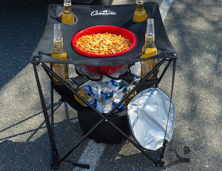 Folding+Tailgating+Table+ensures+your+drinks+stay+cold
