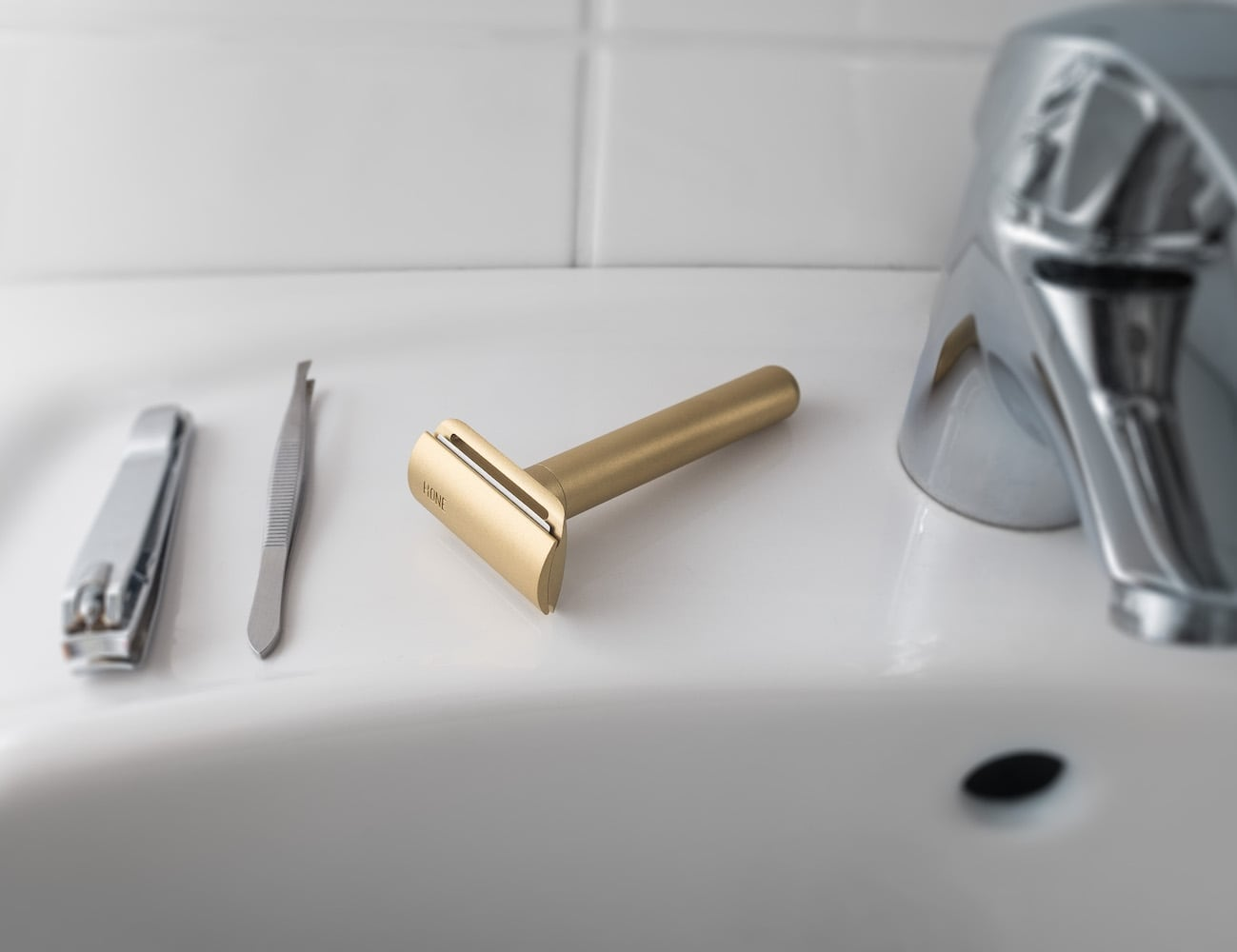 Hone Type 15 Golden Safety Razor adds style to your shaving routine